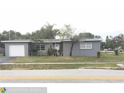 Lauderhill Single Family Home For Sale: 5601 NW 13th Ct