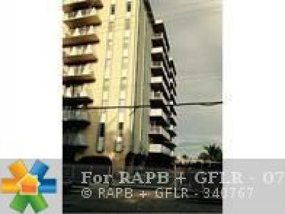 Miami Beach Condo/Townhouse For Sale: 7133 Bay Dr #505 #505