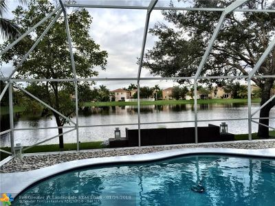 Coconut Creek Single Family Home For Sale: 5019 Pebblebrook Ter