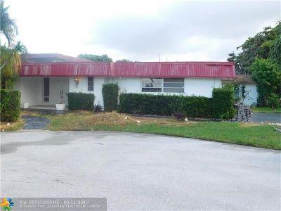Tamarac Single Family Home Backup Contract-Call LA: 4403 King Palm Dr