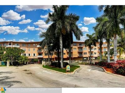 Lauderdale By The Sea Condo/Townhouse For Sale: 1967 S Ocean Blvd #205