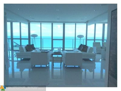 Hollywood Condo/Townhouse For Sale: 3101 S Ocean Dr #1008