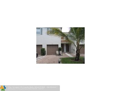 Broward County , Palm Beach County Condo/Townhouse For Sale: 8262 Prestige Commons Dr #8262