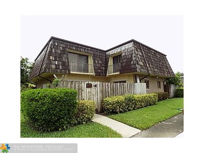 West Palm Beach Condo/Townhouse Backup Contract-Call LA: 4573 Cherry Rd #11