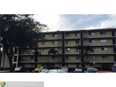 Lauderhill Condo/Townhouse For Sale: 7740 NW 50th St #401