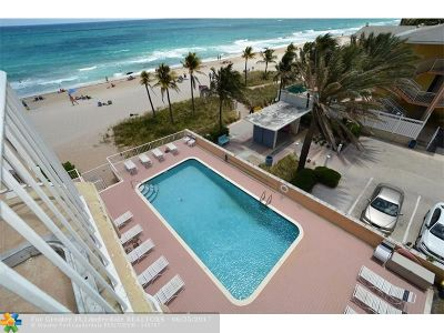 Lauderdale By The Sea Condo/Townhouse For Sale: 4300 El Mar Dr #43