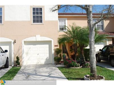 Lake Worth Condo/Townhouse For Sale: 6980 Mill Brook Pl #6980