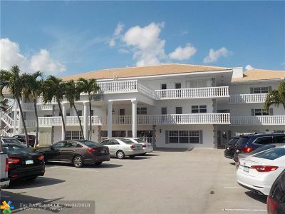Lauderdale By The Sea Condo/Townhouse For Sale: 1461 S Ocean Blvd #104