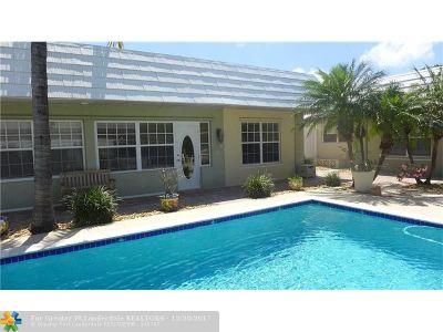 Deerfield Beach Multi Family Home For Sale: 1916 NE 7th St