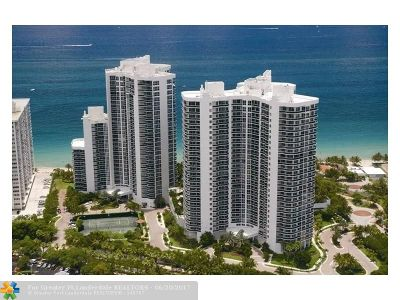Condo/Townhouse For Sale: 3200 N Ocean Blvd #1702