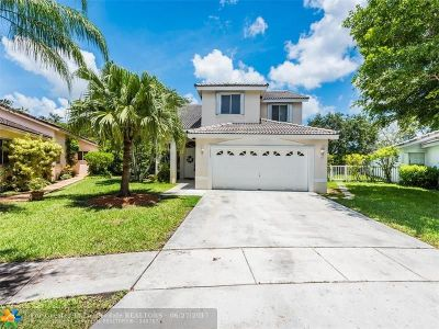 Pembroke Pines Single Family Home For Sale: 18005 SW 1st St