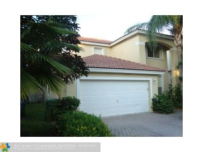 Pembroke Pines Single Family Home For Sale: 7733 NW 17th Ct
