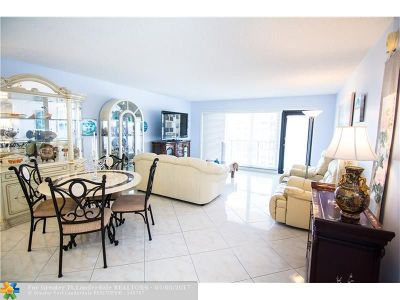 Lauderdale By The Sea Condo/Townhouse For Sale: 5100 N Ocean Blvd #1101