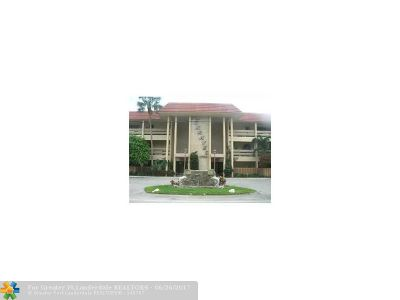 Broward County Condo/Townhouse For Sale: 1700 SE 15th St #309