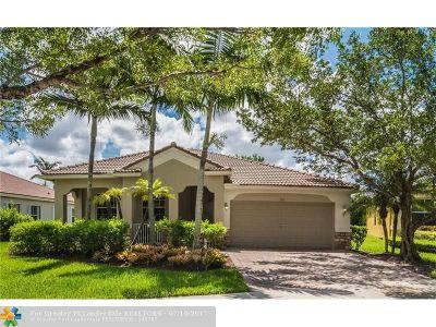 Weston Single Family Home For Sale: 797 Nandina Dr