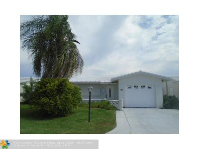 Boynton Beach Single Family Home For Sale: 2096 SW 13th Ter