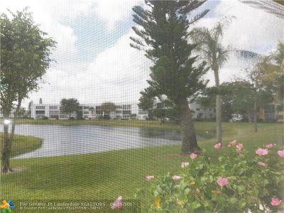 West Palm Beach Condo/Townhouse For Sale: 102 Wellington E #E
