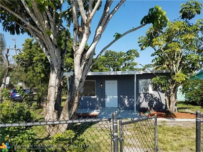 Hollywood Single Family Home For Sale: 5551 Fletcher St