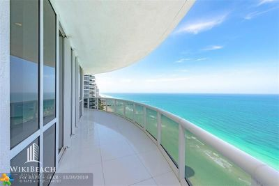 Sunny Isles Beach Condo/Townhouse For Sale: 15901 Collins Ave #2701