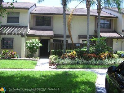 Coconut Creek Condo/Townhouse For Sale: 3963 Cocoplum Circle #C
