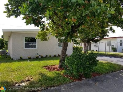 Delray Beach Single Family Home For Sale: 221 SW 14th Ave