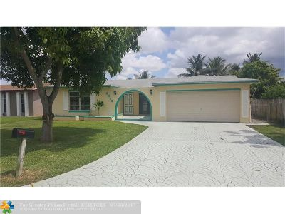 Miramar Single Family Home For Sale: 8852 W Long Acre Dr
