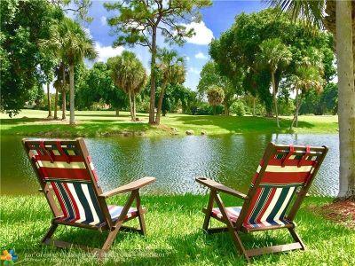 Boca Raton Condo/Townhouse For Sale: 6562 Boca Del Mar Dr #127