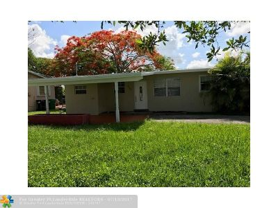 Miami Single Family Home For Sale: 4235 SW 98th Ct