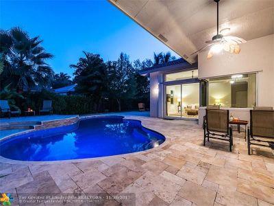 Weston Single Family Home For Sale: 2561 Eagle Run Ln