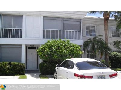 Fort Lauderdale Condo/Townhouse For Sale: 6205 Bay Club Dr. #4
