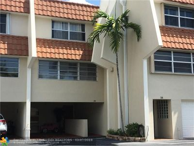 Lauderdale By The Sea Condo/Townhouse For Sale: 5555 N Ocean Blvd #59