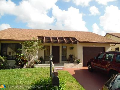 Deerfield Beach Single Family Home For Sale: 2033 SW 16th Pl