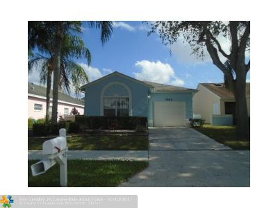 Delray Beach Single Family Home For Sale: 7652 Mansfield Hollow Rd