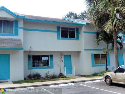 North Lauderdale Condo/Townhouse For Sale: 1455 Sussex Dr #1455