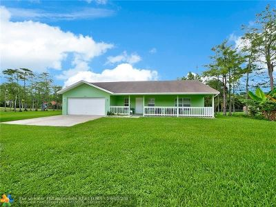 Loxahatchee Single Family Home For Sale: 16379 61st Pl North