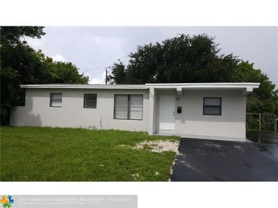 Lauderhill Single Family Home For Sale: 1181 NW 43rd Ter