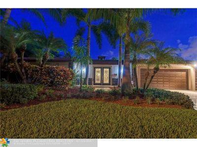 Pompano Beach Single Family Home For Sale: 2220 SE 13th St