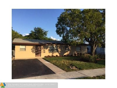Deerfield Beach Single Family Home For Sale: 1350 SW 6th Ave