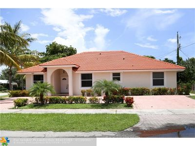 Deerfield Beach Single Family Home For Sale: 801 SE 1st Ct