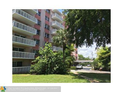 Oakland Park Condo/Townhouse For Sale: 1831 NE 38th St #209