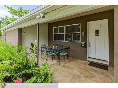 Wilton Manors Single Family Home Backup Contract-Call LA: 2430 NE 7th Ave