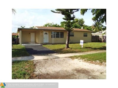 Deerfield Beach Single Family Home For Sale: 621 NW 38th St