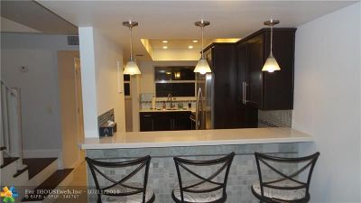 Pompano Beach Condo/Townhouse For Sale: 1839 SE 4th St #1839