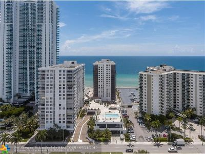 Hollywood Condo/Townhouse For Sale: 2751 S Ocean Dr #1204N