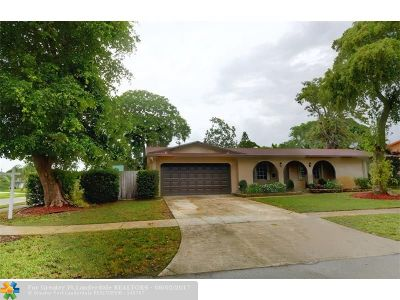 Coconut Creek Single Family Home For Sale: 3881 NW 4 Ct