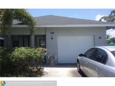 Delray Beach Single Family Home For Sale: 724 SW 9th St