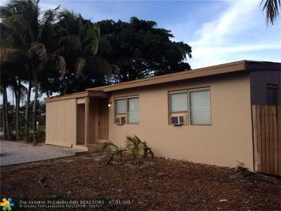 Boynton Beach Single Family Home For Sale: 3990 Seacrest Blvd