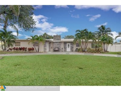 Lighthouse Point Single Family Home Backup Contract-Call LA: 2233 NE 30th Ct