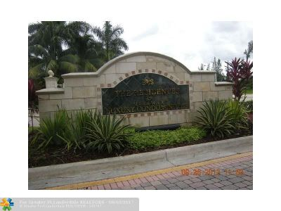 Miramar Condo/Townhouse For Sale: 2280 E Preserve Way #305