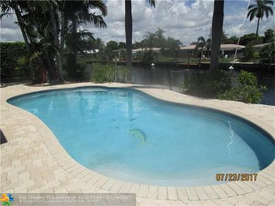 Pompano Beach Single Family Home For Sale: 341 SE 3rd Ct